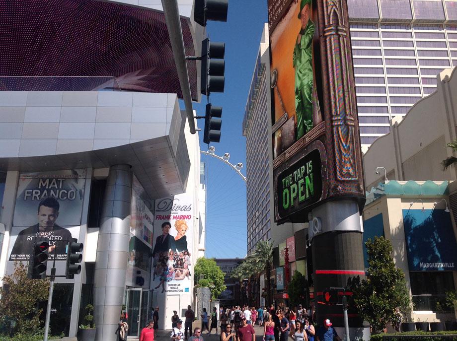 Las Vegas Shopping Mall
